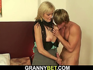 Mind-blowing granny games with sustenance old hooker