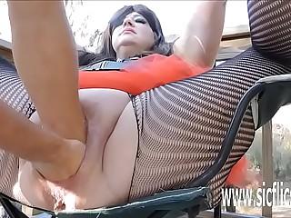 Sarahs gargantuan dildo shafting orgasms