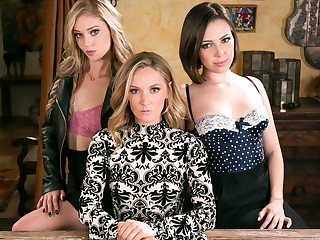Jenna Sativa Mona Wales Kali Roses concerning The Family Business - GirlsWay