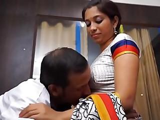 Indian falsify seduces Hindu patient
