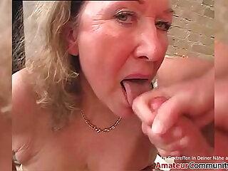 Filthy granny rides a young hard cock! AMATEURCOMMUNITY.XXX