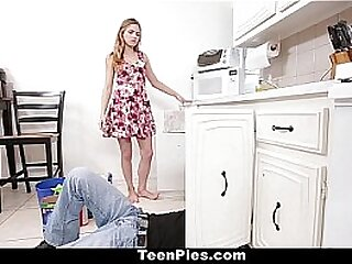 Teen Pies - Sex-mad Blonde (Sydney Cole) Creampied By Plumber