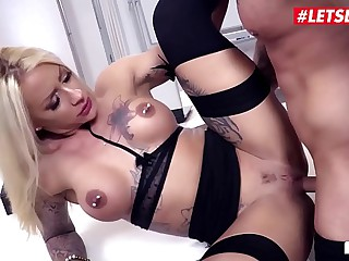 LETSDOEIT - Brass hat MILF Tease Her Janitor And Fucks With Him To hand The Situation (Fit XXX Sandy & Mr. White) <span class=